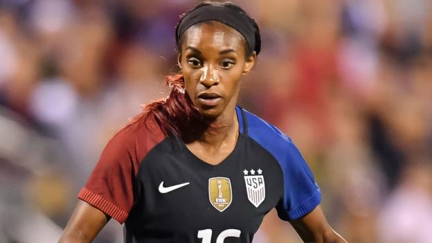 Crystal Dunn: Chelsea Ladies sign USA winger