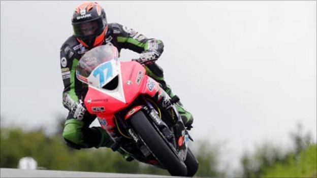 Ryan farquhar takes five wins at the bush road races bbc sport
