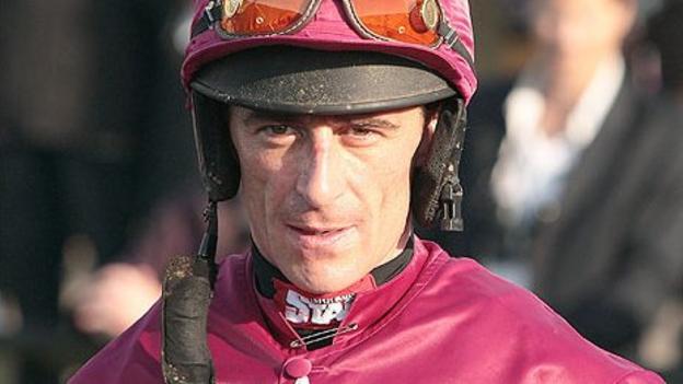 Quito De La Roque wins Champion Chase at Down Royal - BBC Sport