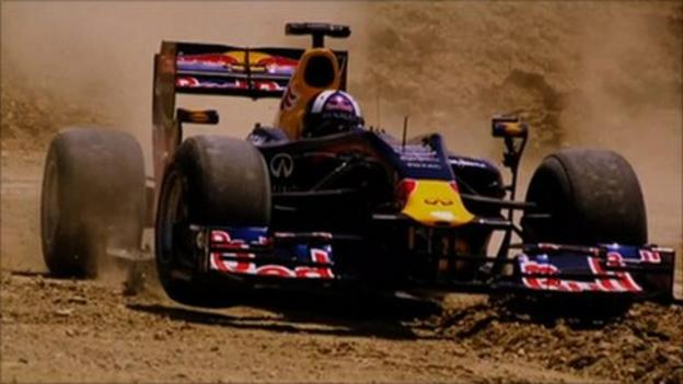 Coulthard drives off- road on new Circuit of the Americas - BBC Sport