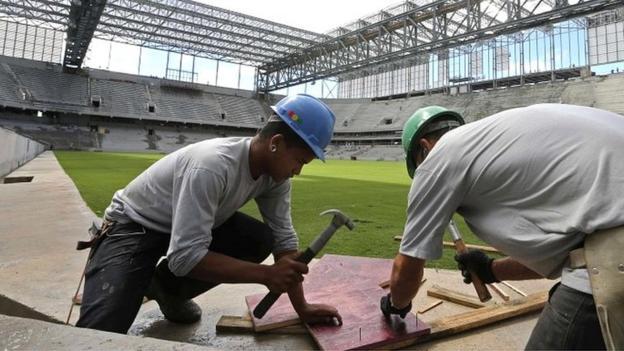 World Cup 2014: Curitiba stadium earns Fifa reprieve - BBC Sport