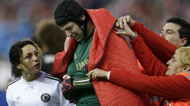 Chelsea: Petr Cech & John Terry return to training - BBC Sport