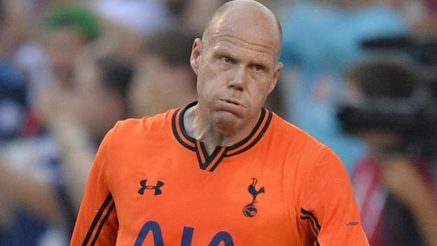 Tim Howard's Man Utd comments are garbage - Brad Friedel - BBC ...