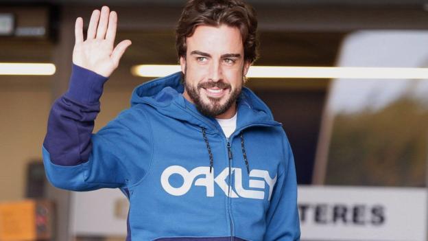 Fernando Alonso prepares to drive McLaren car simulator - BBC Sport
