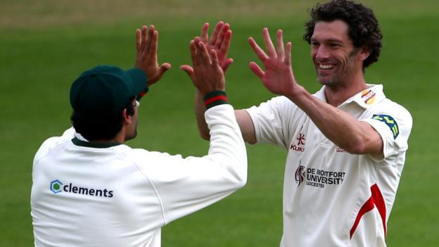Leicestershire close to first County Championship win since 2012 ...