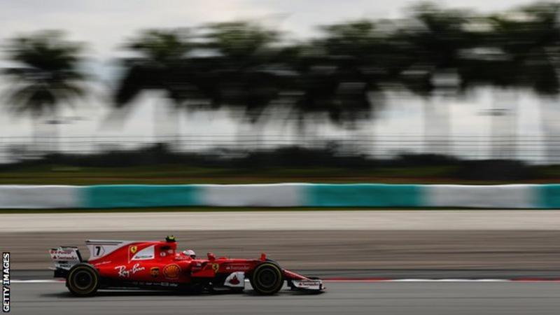 F1: Malaysian Grand Prix Hamilton on the Pole, Vettel at the Back