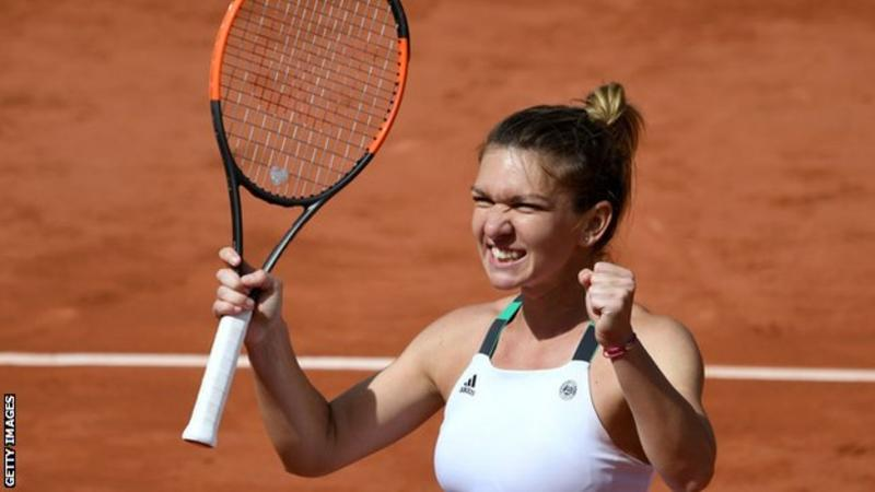 Halep, Svitolina advance to French Open quarters