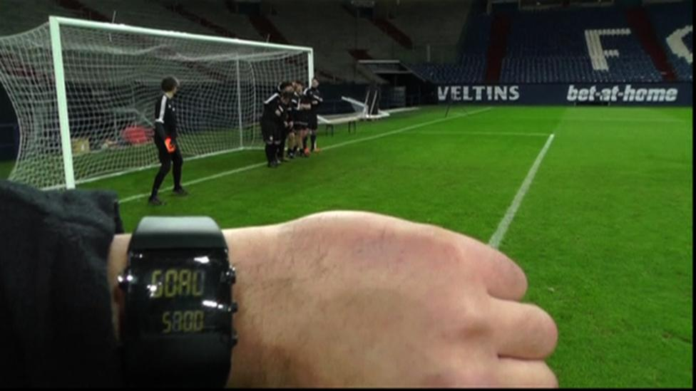 Football: How Fifa's new goal-line technology will work - BBC Sport