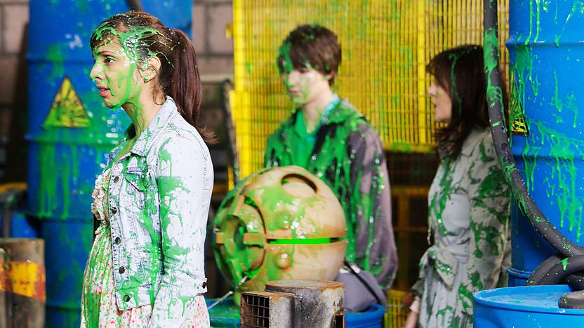 Rani, Luke and Sarah Jane covered in alien goo.