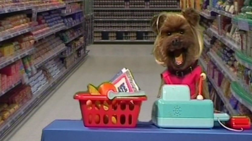 Hacker in a supermarket as Tracy Barker.