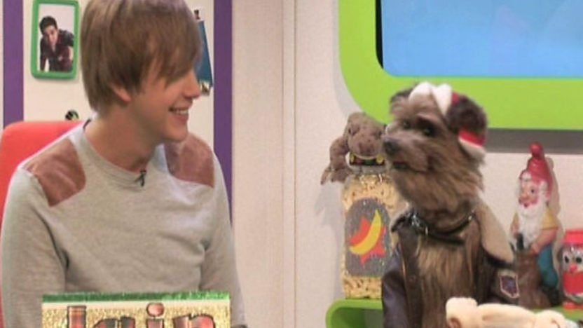 Iain Stirling and Hacker T Dog.