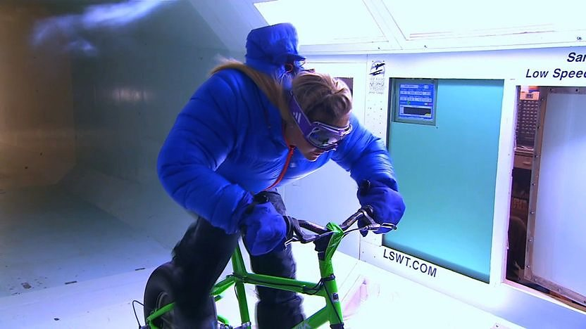 Helen Skelton in a wind chamber trying an ice bike.