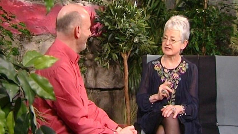 Tracy Beaker author Jacqueline Wilson and illustrator Nick Sharratt answer your questions.