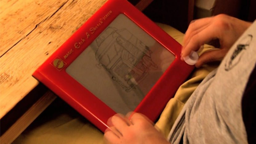 Picture of the Etch a Sketch.