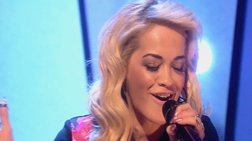 Rita Ora performing her hit 'R.I.P' on Friday Download