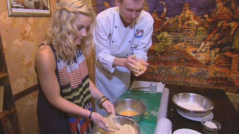 Helen Skelton from Blue Peter making a chicken kiev