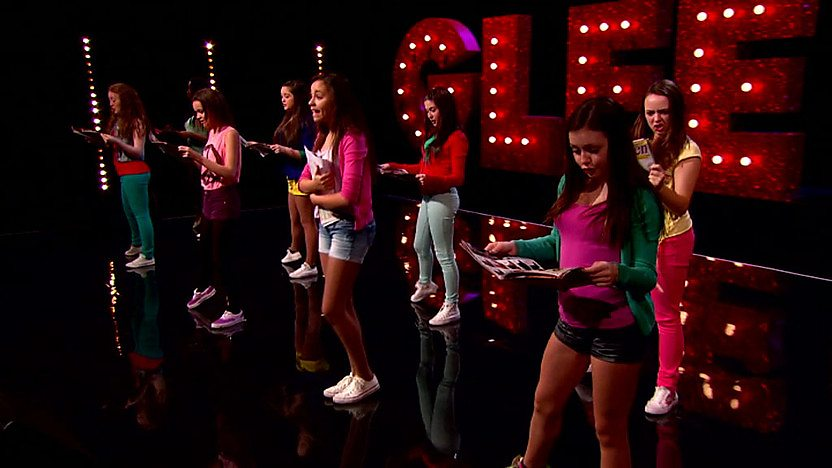 Bittersweet perform on Comic Relief Does Glee Club