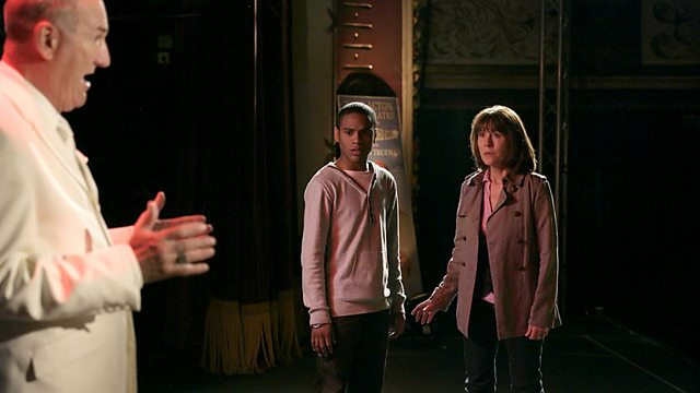 The Sarah Jane Adventures: Series 2: Secrets of the Stars: Part 1
