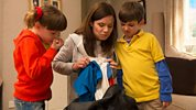 Topsy and Tim: 9. Bad Smell
