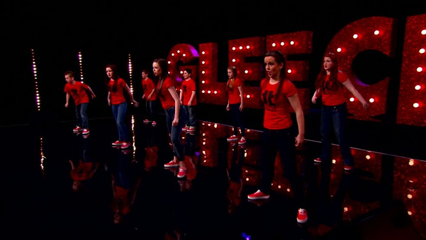 Triple Threat perform on Comic Relief Does Glee Club