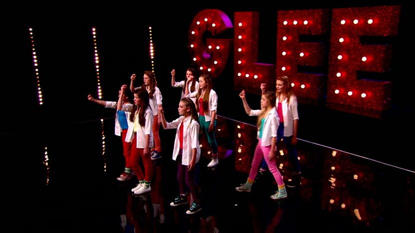 True to Your Skool perform on Comic Relief Does Glee Club