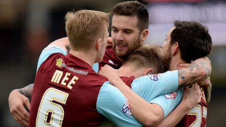 Barnsley v Burnley: Watch a Live Stream of the Championship match