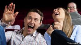 Público riéndose