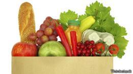 Variedad de alimentos en una bolsa