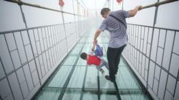 Puentes de vidrio en China