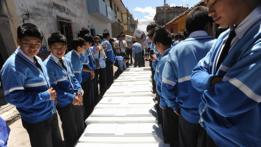 Estudiantes peruanos