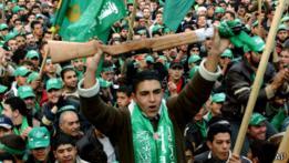 Palestinos celebran victoria de Hamas