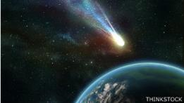 Cometa cerca de la Tierra