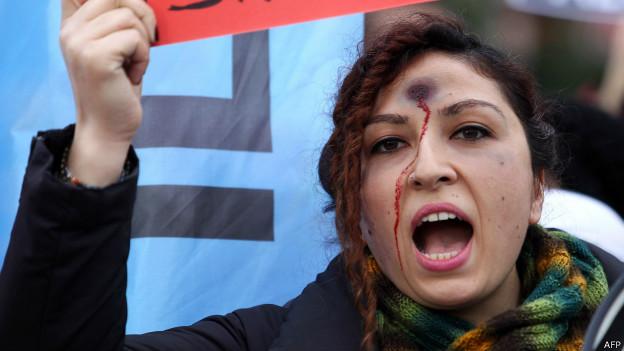 Özgecan aslan cinayeti kadına şiddet tartışılıyor