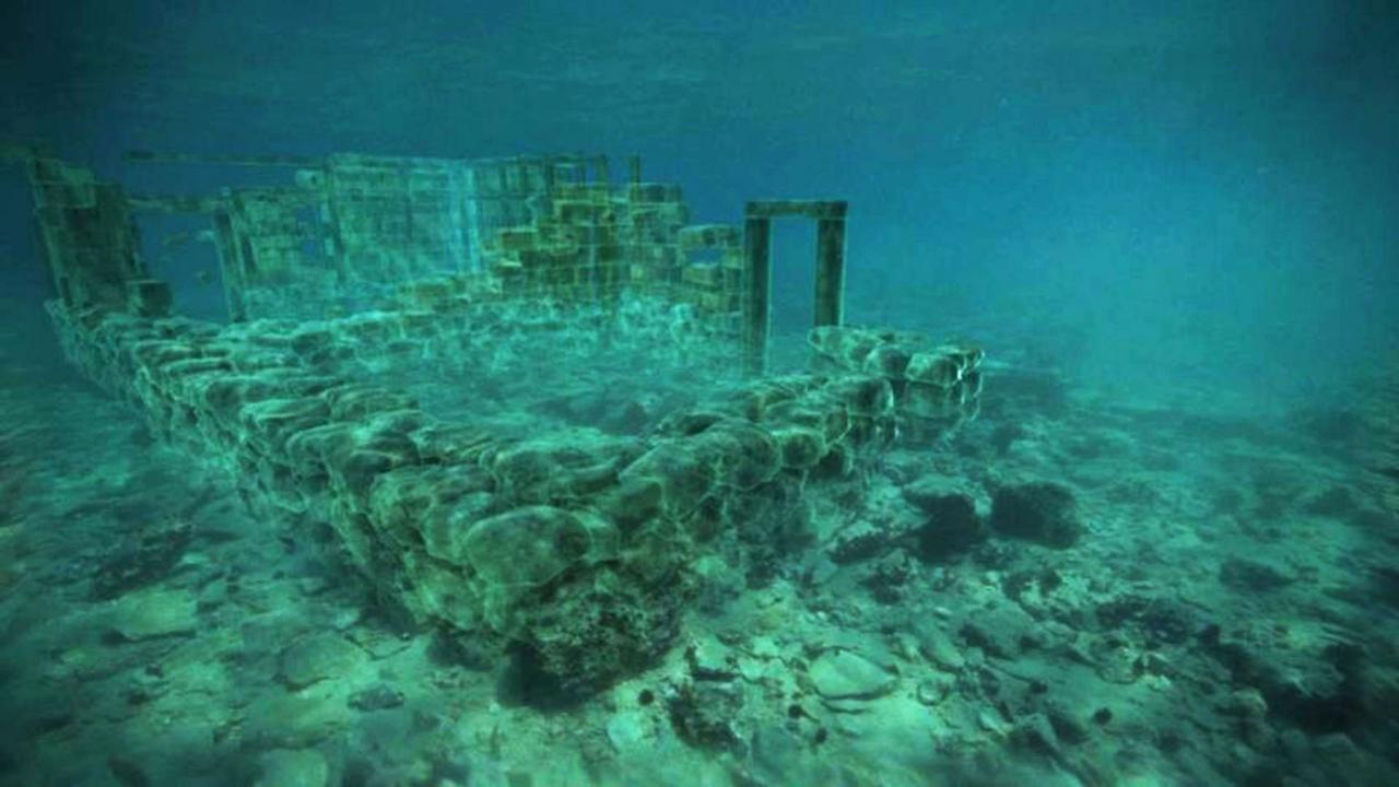 Suburban life, 5,000 years ago (Credit: Credit: BBC)