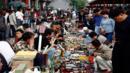 Panjiayuan Jiuhuo Shichang, Beijing, China, Shopping