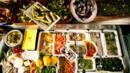 Buffet food (Credit: Herbert Lehmann/Getty)