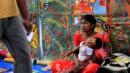 A folk artist at Calcutta's Craft Fair. (EPA/Piyal Adhikary/Corbis) (Credit: EPA/Piyal Adhikary/Corbis)