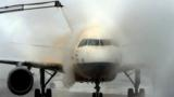 Thousands of flights have been grounded by ice during the US winter freeze. Ice can be a killer, so how do airlines keep planes aloft in icy temperatures?