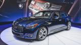 A stretched flagship sedan and a jewellery-laden SUV distinguished the Nissan subsidiary's efforts in New York.
