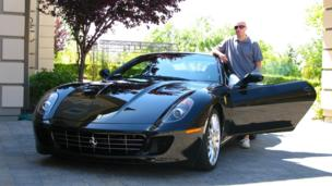 The musician with his 599 GTB Fiorano. (Courtesy Fabrizio Sotti)