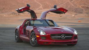 THE ALTERNATIVE: Fleet, if not quite as fabulous. The SLS AMG GT. (Mercedes-Benz USA)