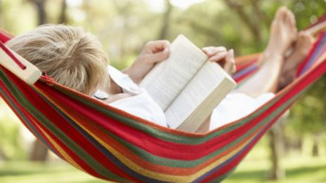 Woman in hammock (Thinkstock)