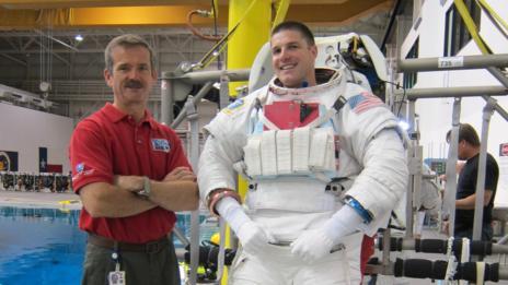 Jeremy Hansen and mentor, astronaut Chris Hadfield, at NASA's neutral buoyancy lab (NASA)