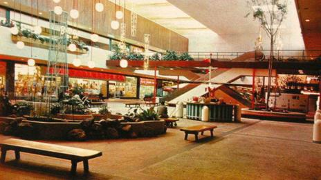 Southdale Center Mall, 1960s (mallsofamerica.blogspot.com)
