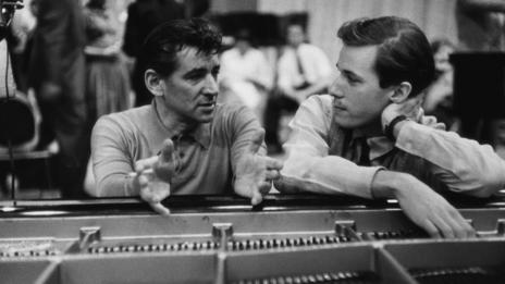 Leonard Bernstein and Glenn Gould (Corbis)