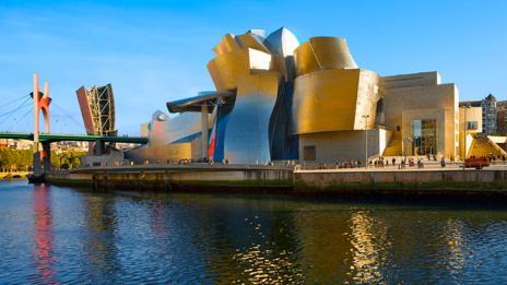 Guggenheim Museum, Bilbao (Art Kowalsky/Alamy)