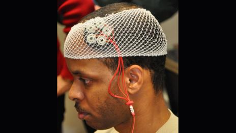 Brain stimulation trial (Michele Eaton/88 Air Base Wing Public Affairs)