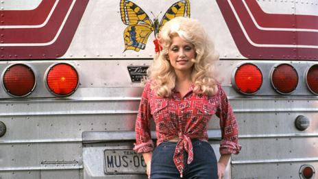 Dolly Parton, 1977 (Getty)