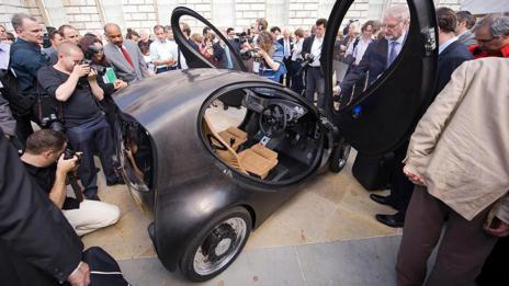 The first prototype was presented at Somerset House in London. (Riversimple)