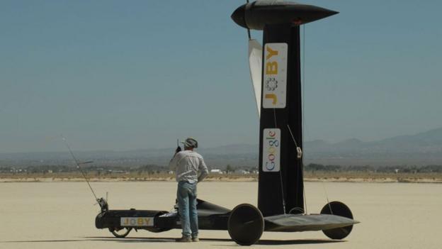 Blackbird wind-powered car (Copyright: Thin Air Designs)